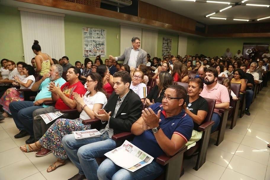 Paulo Fernando contra o monopólio da imprensa